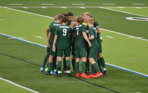 Boys varsity soccer loses second straight game in back-and-forth game against Lowell