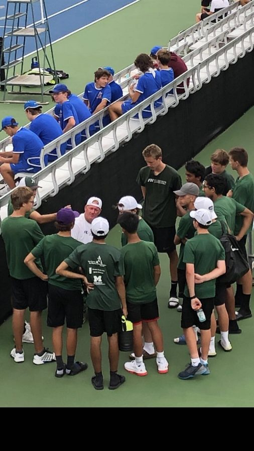 Boys varsity tennis faces diversity and places second in Midland Quad