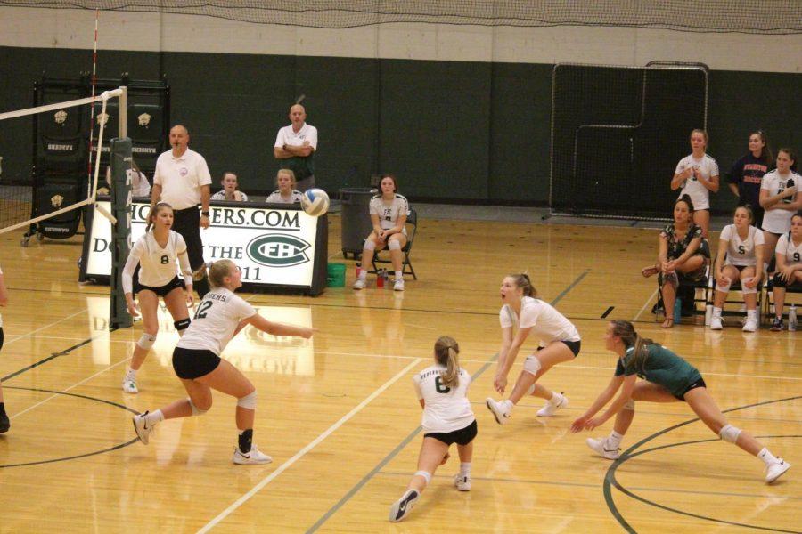 Girls freshman volleyball secures 3-0 win against Ottawa Hills