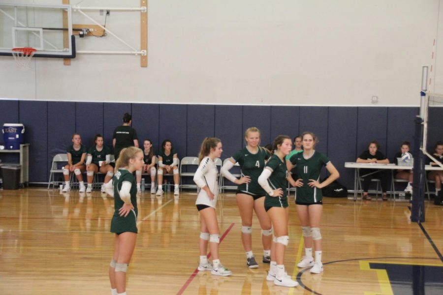Girls+JV+volleyball+continues+their+winning+streak+with+wins+against+multiple+conference+opponents