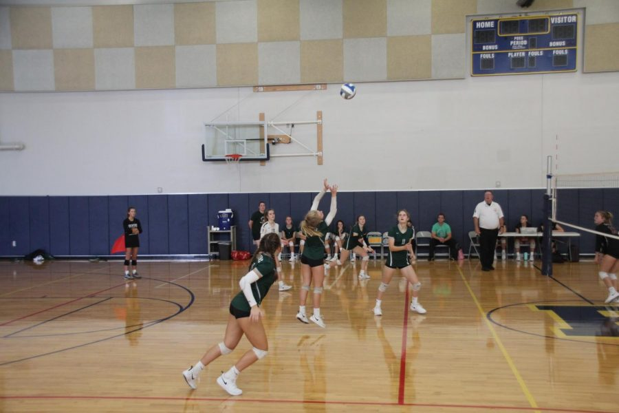 FHC%27s+JV+Volleyball+team+soundly+defeats+Lowell+in+two+matches