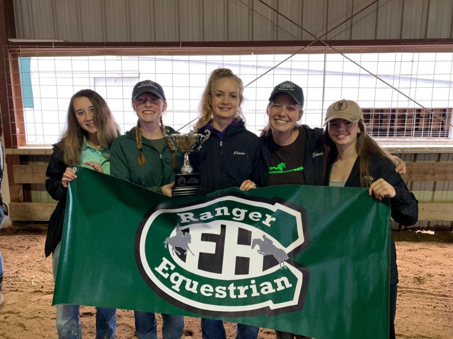 FHC+equestrian+team+moves+onto+States+after+strong+performance+at+Regionals