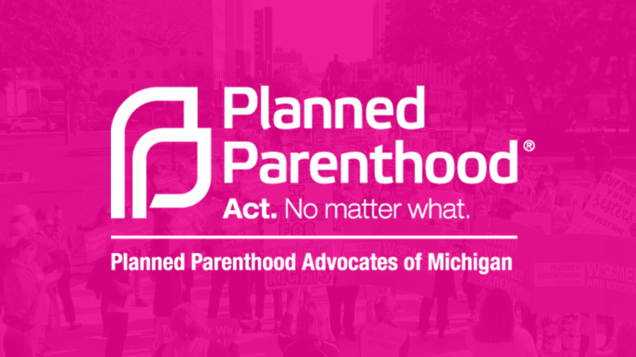 Students+discuss+the+lack+of+discussion+surrounding+Planned+Parenthood