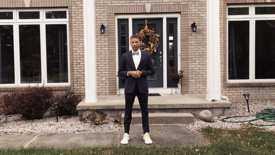 Dallas Hopson combines his love for shoes and impressive selling techniques to create the perfect business