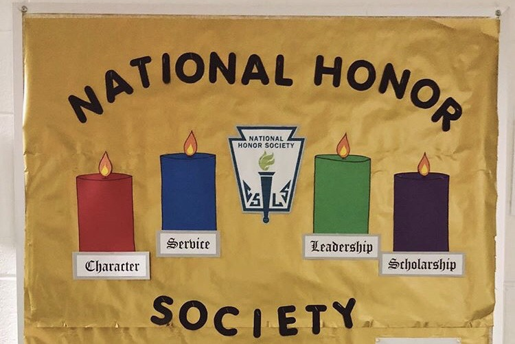 The+National+Honor+Society+induction+ceremony+celebrates+and+recognizes+new+members