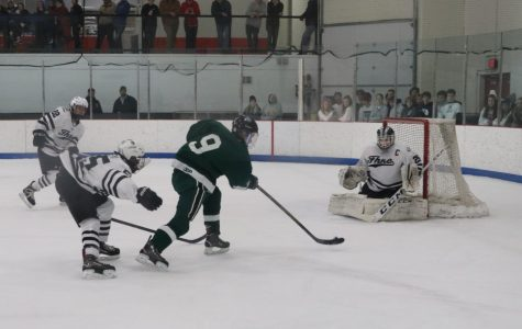 FHNE comes from behind to top FHC hockey in heartbreaking 3-2 loss