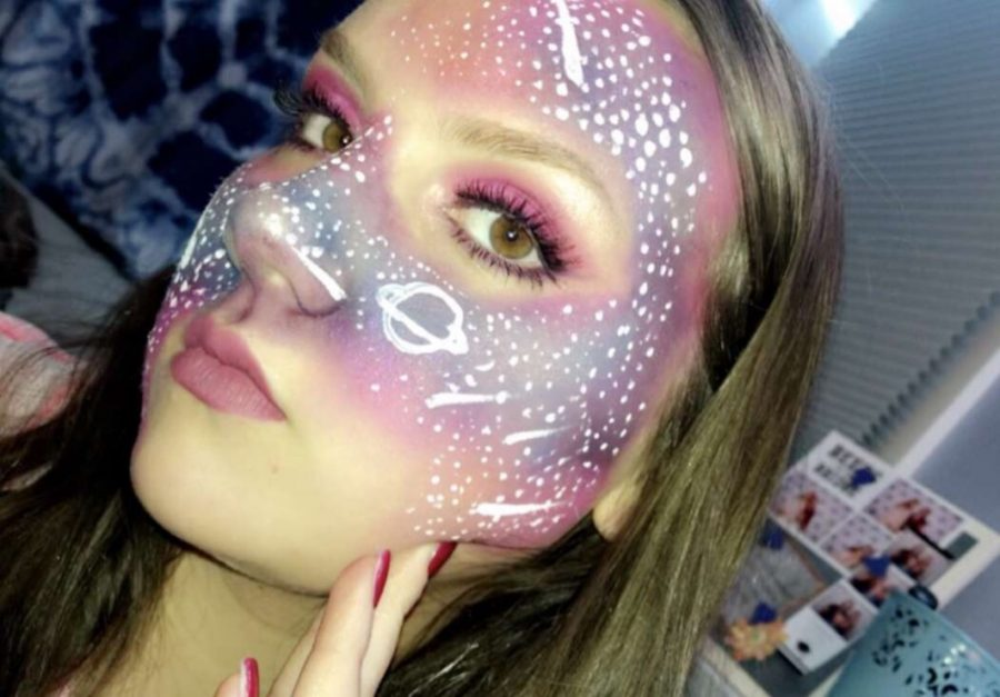 Autumn Buchanan flaunts her talent within the art of makeup