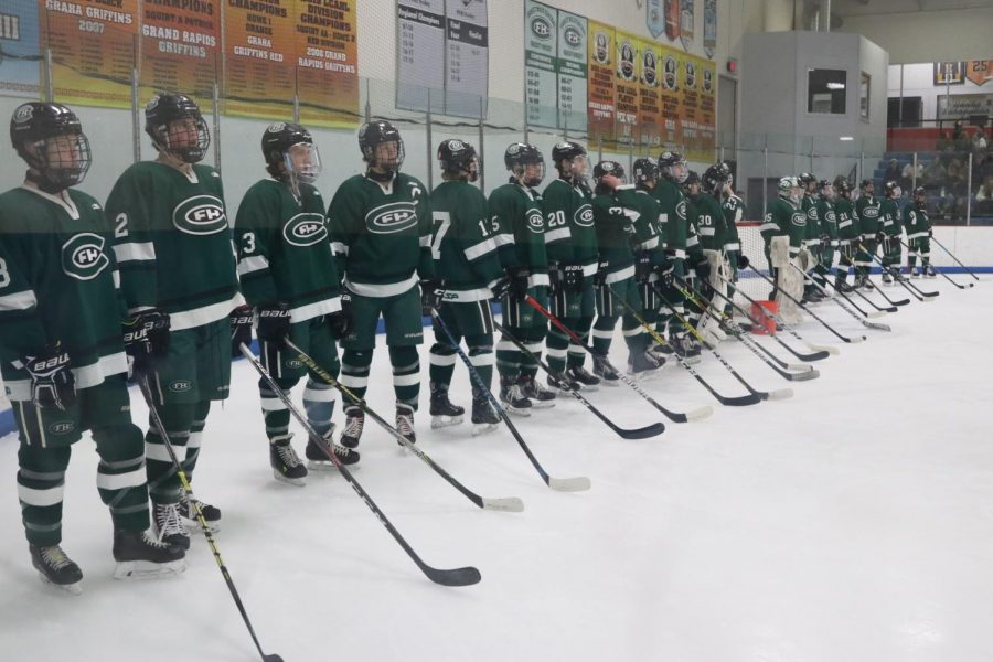 Hockey takes down East Grand Rapids 3-2 on miraculous game-winning goal with four seconds left