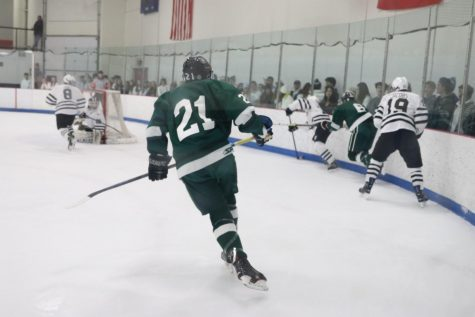 Varsity ice hockey tops Rockford 5-1