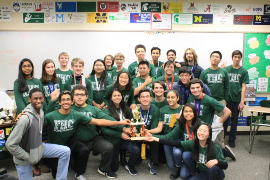 Science Olympiad strives for success in their upcoming competitions