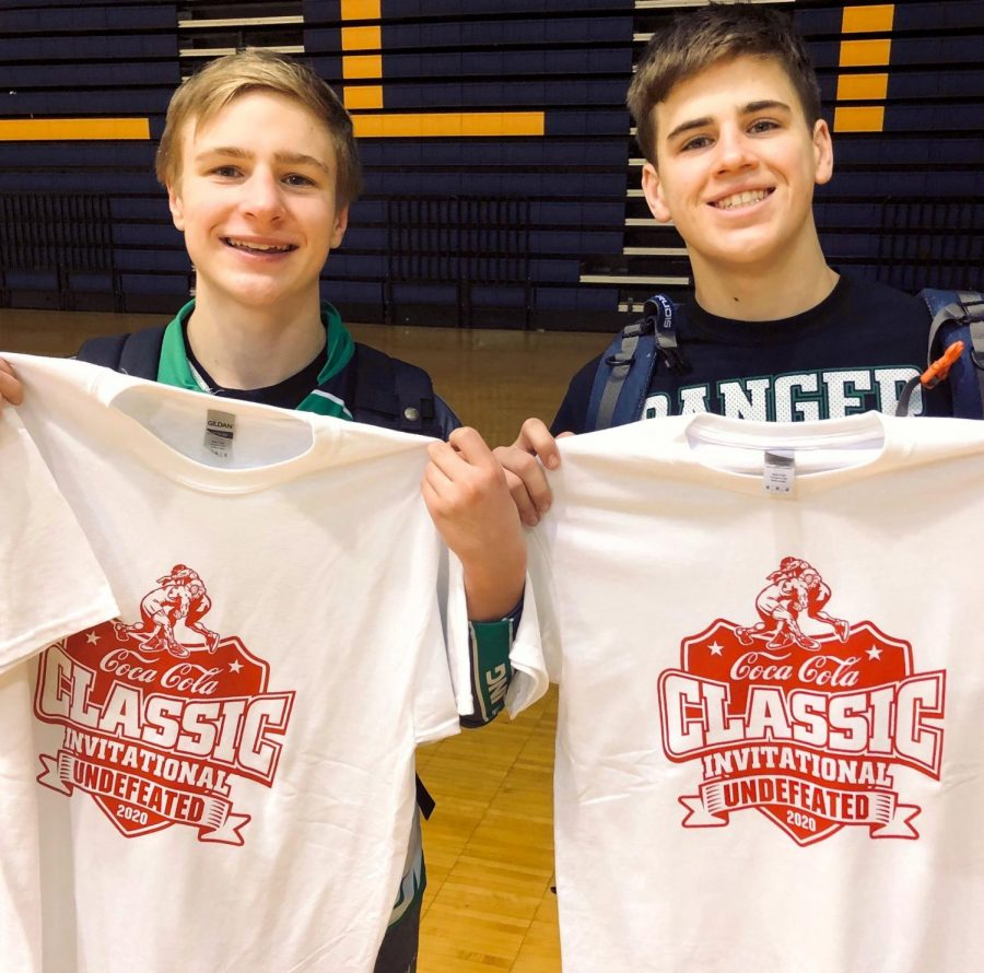 Caden Jacobs and Mason Childers go undefeated at the Mount Pleasant Invitational