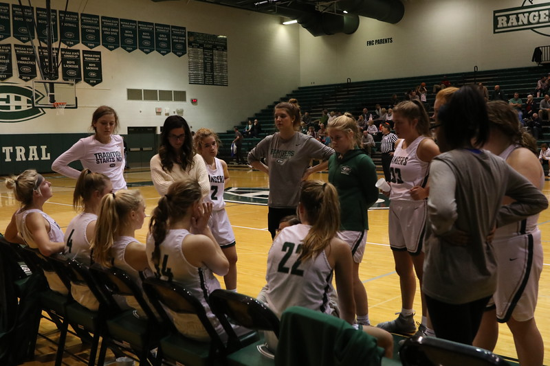 Girls varsity basketball notches fourth-straight victory with 54-39 win over Lowell