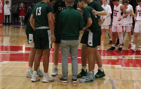 Boys varsity basketball's comeback comes up short in 61-56 loss to Wyoming