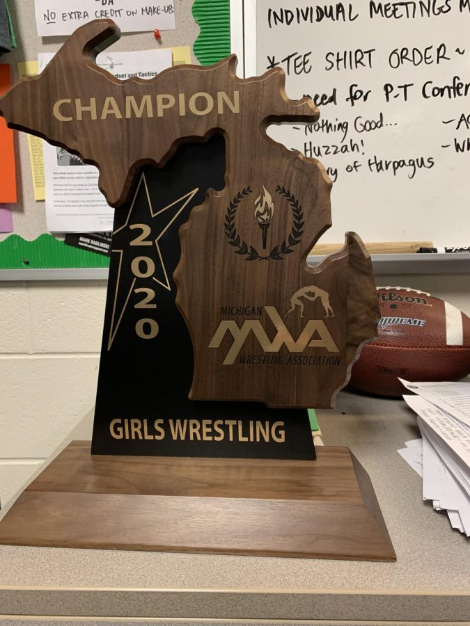 Girls wrestling earns MHSAA's first-ever team state title