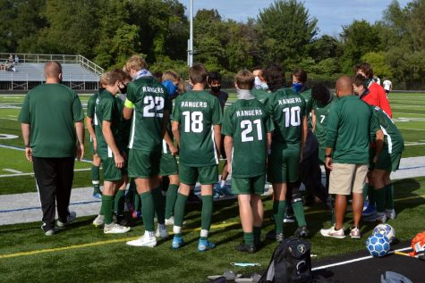 Boys varsity soccer suffers heartbreaking 2-1 loss against Grand Rapids Christian