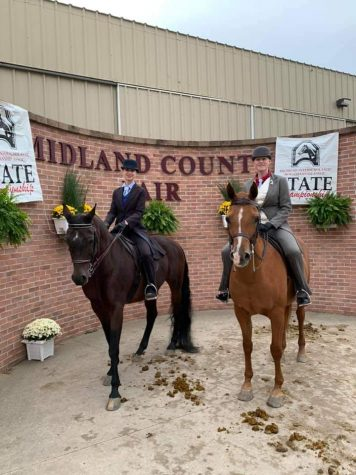 The FHC equestrian team caps off their season in a successful fashion