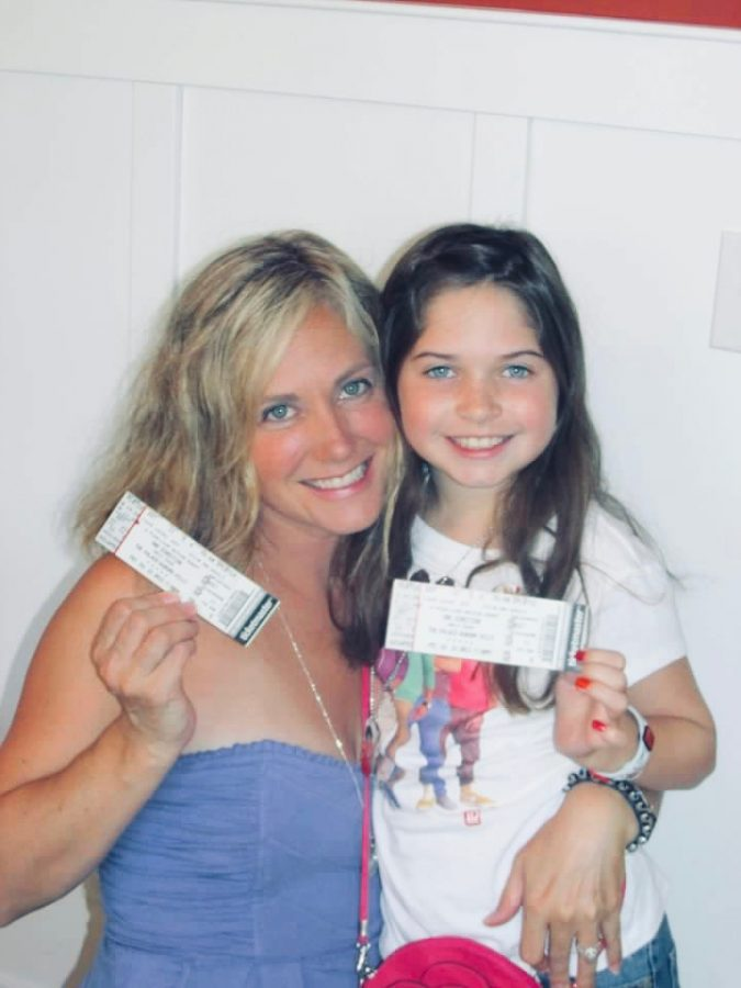 A picture of me and my mom before a One Direction concert