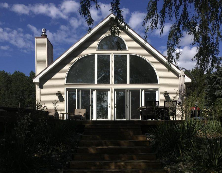 A+quaint+cottage+in+Leland%2C+Michigan+